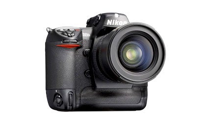 Nikon-Kicks-it-up-a-Notch-with-the-D2xs