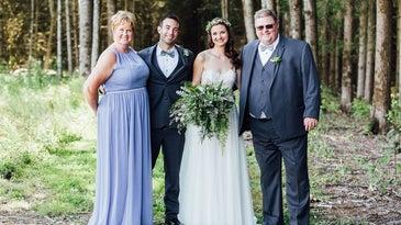 Shoot group photos like a wedding photographer