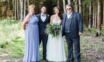 A wedding photographer shares his tips for better family portraits