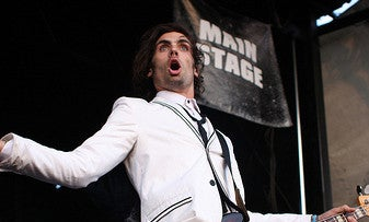 Photographer Hit in the Face at Cleveland All American Rejects Concert