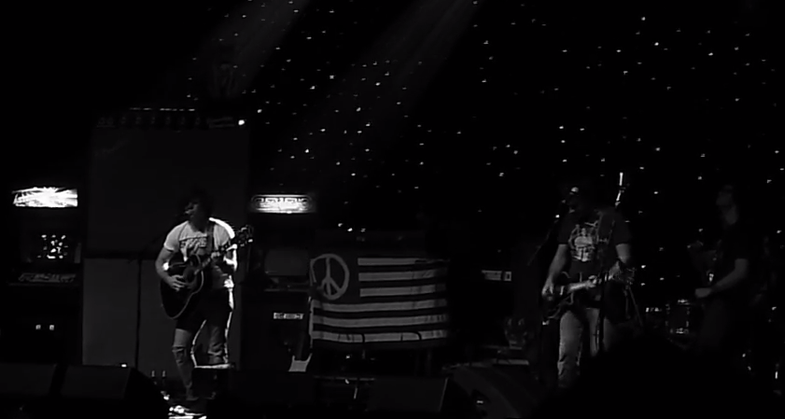 Ryan Adams Stops Concert For Flash Photography