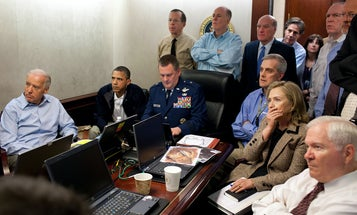 White House Flickr Photo Shows Obama and His Team in the Situation Room