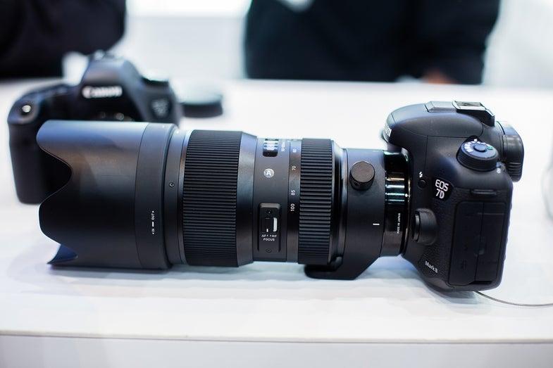 WPPI Best new Camera Gear Sigma 50-100mm F/1.8 Zoom Lens