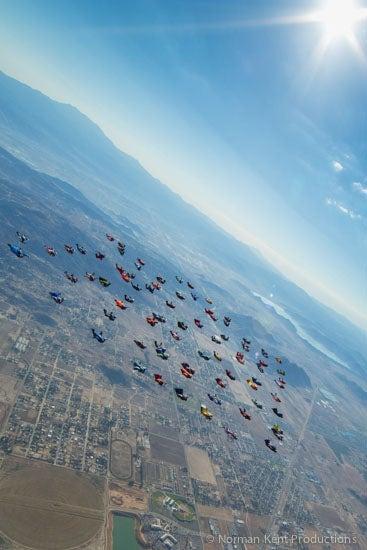 nkp-wingsuit record 2012-8383.jpg