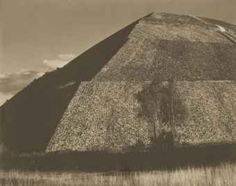 Edward Weston, Pirámide del Sol, Mexico, 1923