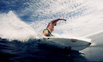 30 GoPro HD Hero Cameras Used For Killer Bullet Time Surfing Video