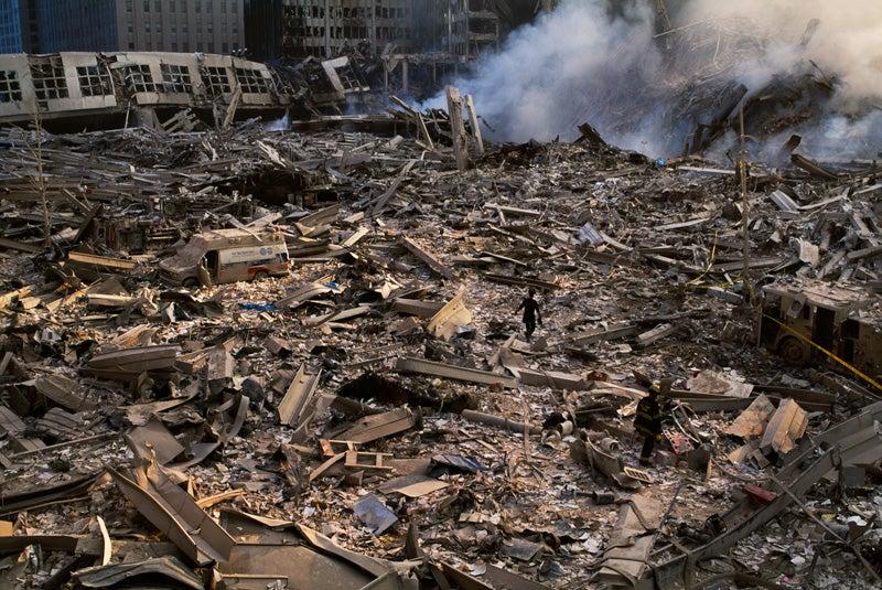 ap911-mccurry-rubble-800-1.jpg
