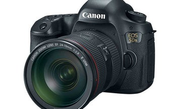 New Gear: Canon EOS 5DS and 5DS R DSLRs With 50.6-Megapixel Sensors