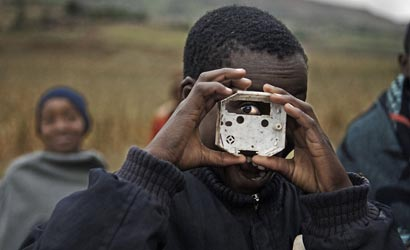 Fighting-AIDS-Through-Photography