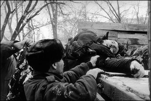 """Heroes-of-Photography-Stanley-Greene-A-rebel-kil"""