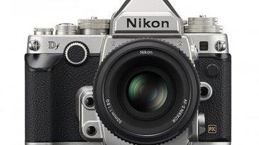 Nikon DF Thumb