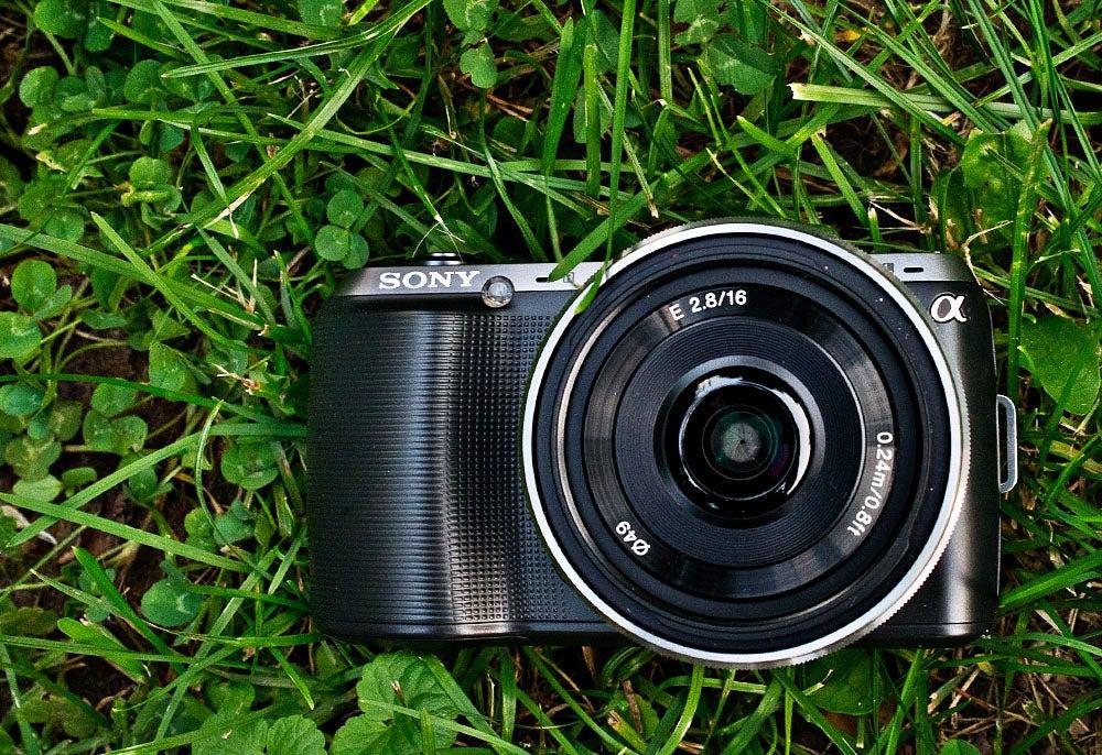 Sony NEX-C3 Main