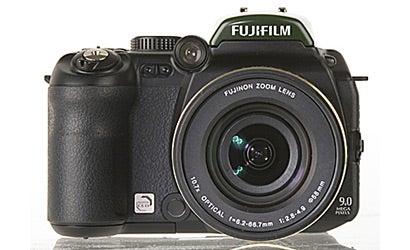 Camera-Test-Fujifilm-Finepix-IS-1
