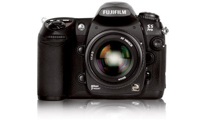 Hands-On-Fujifilm-FinePix-S5-Pro