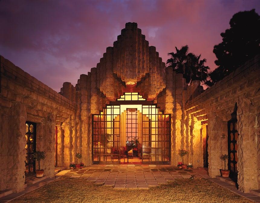 Frank Lloyd Wright's Sowden House.jpg