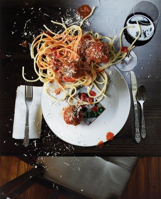 spaghetti off the plate