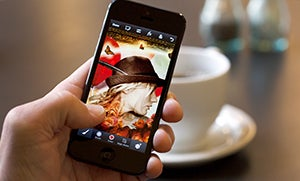 Adobe Photoshop Touch Now Available For iPhone and Android