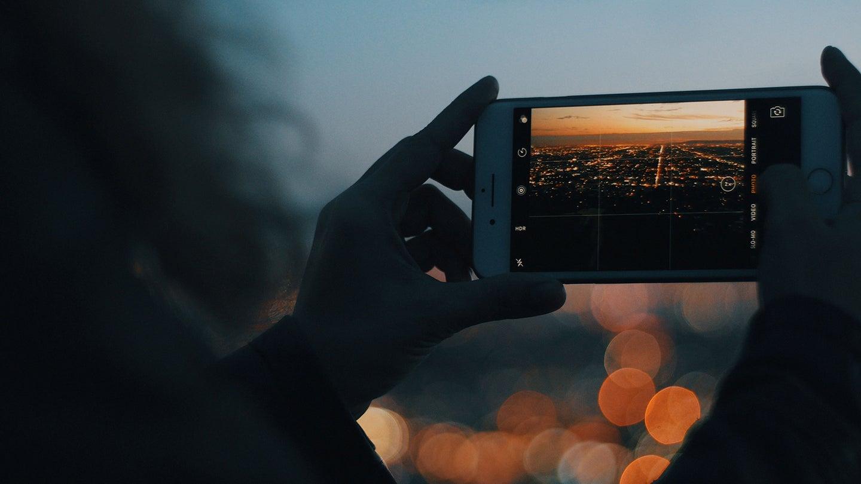 taking landscape photo on iphone