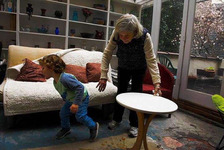 Anni Bergman playing with kid