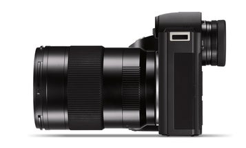 A classic reportage lens for the Leica SL system