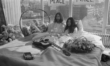 """Photographer reflects on capturing John and Yoko's """"Bed-In"""" when he was only 15 years old"""
