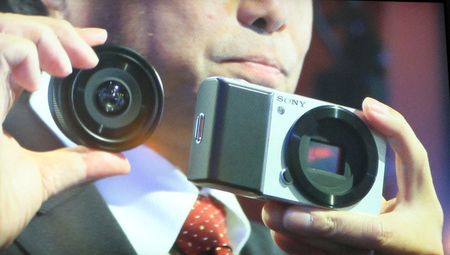Sony readying compact interchangeable lens camera