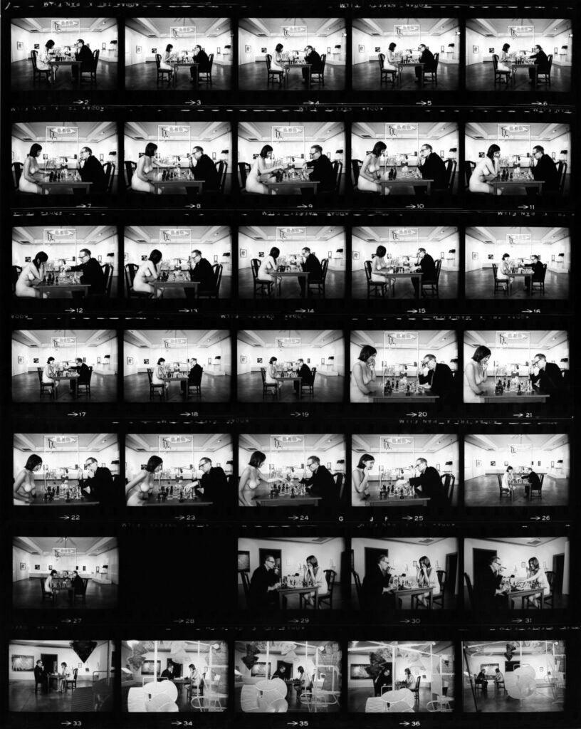 © 1963 Julian Wasser, Courtesy of Fahey/Klein Gallery, Los Angeles