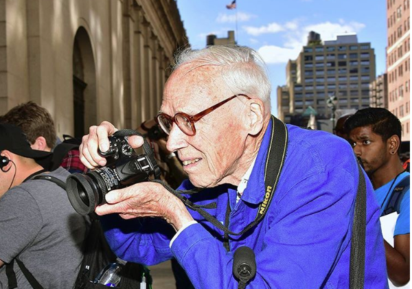 Remembering Bill Cunningham, Influential Street Fashion Photographer