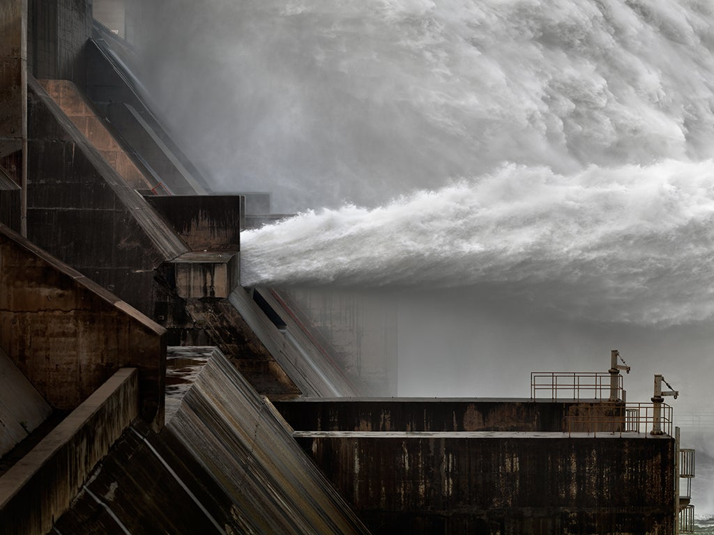 Interview: Edward Burtynsky Talks About 'Water'