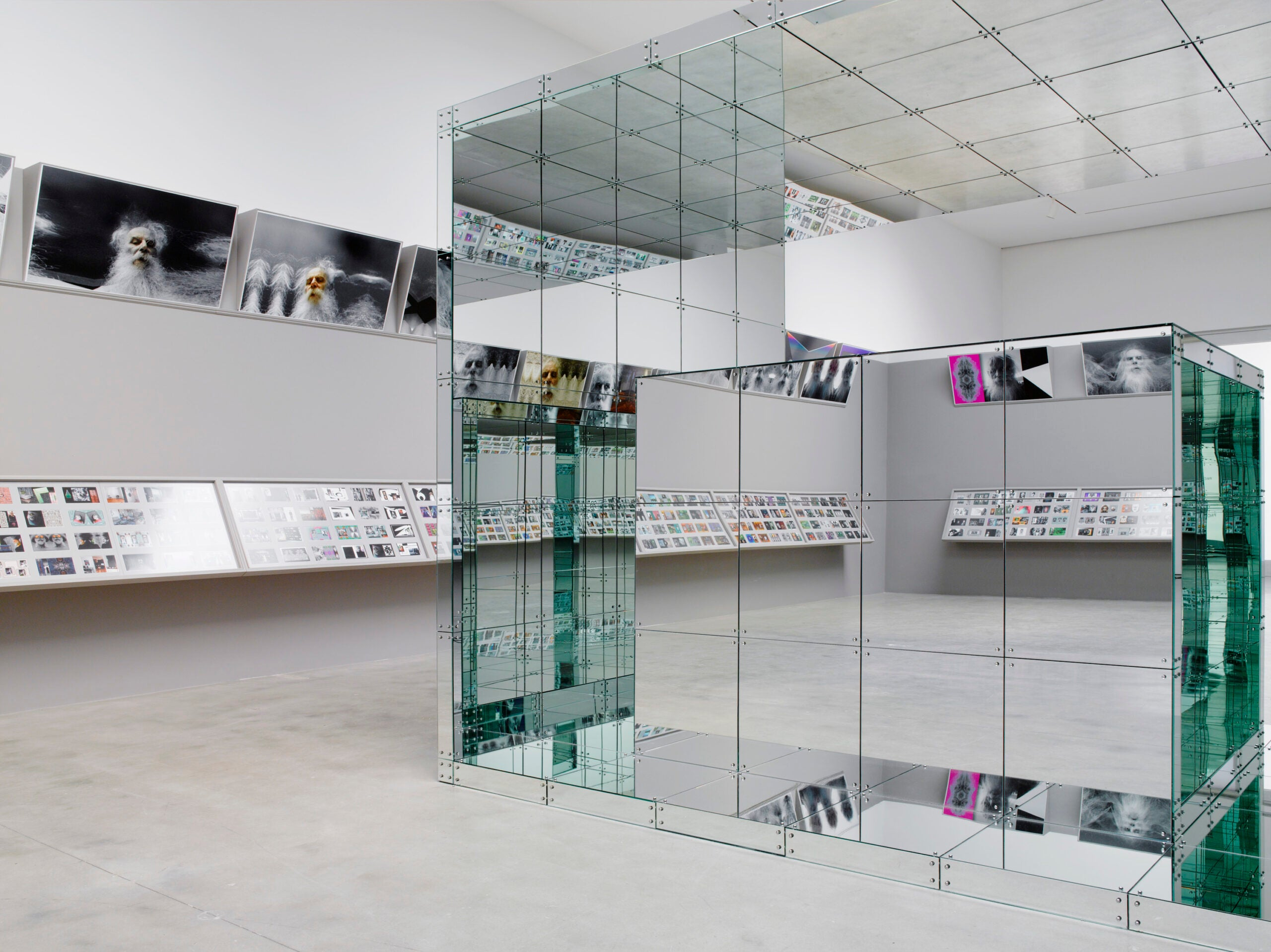 This Is How You Install 720 Photographs In One White Cube Gallery