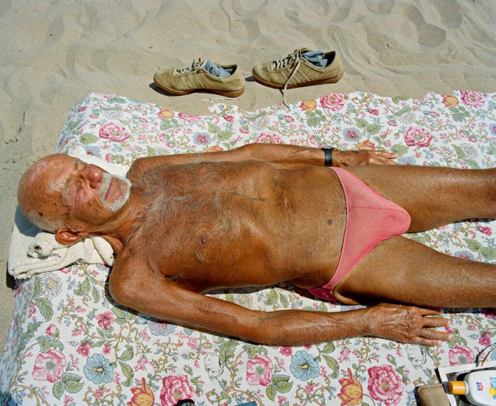 httpswww.popphoto.comsitespopphoto.comfilesfilesgallery-imagesTeal-Price_Pink-Bikini-hi-res.jpg
