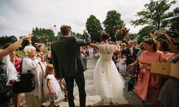 Ashley and Jeremy Parsons: Best Wedding Photographers 2013