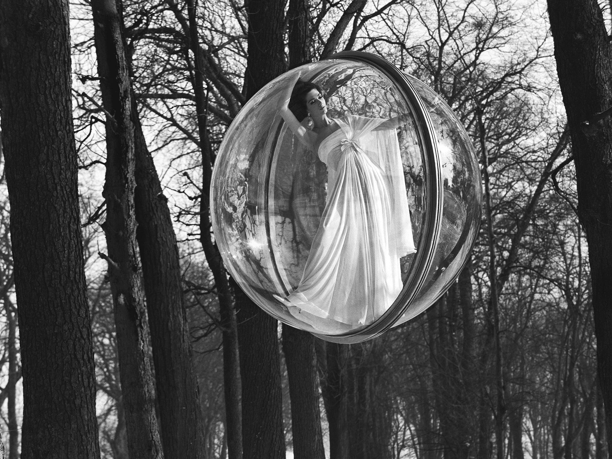 Melvin Sokolsky's Iconic Fashion Bubbles