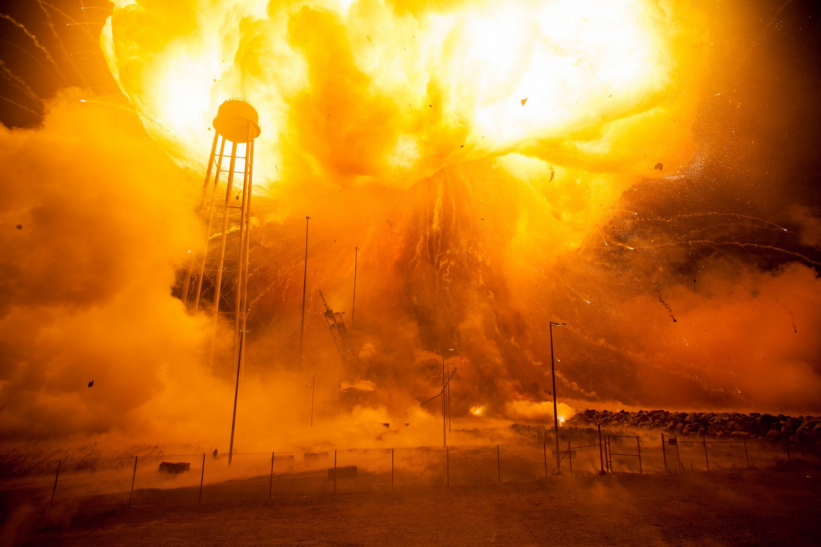 NASA's Photos of a Rocket Explosion Make Fine Art Out of Scientific Catastrophe