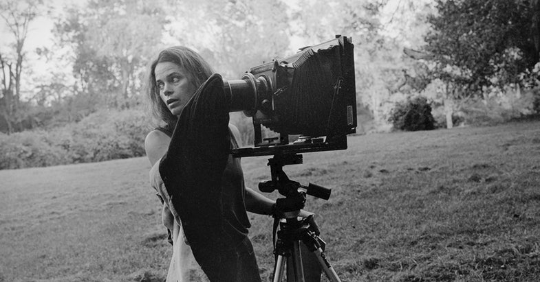 Sally Mann Chases Ghosts and Buries the Hatchet in New Memoir, Hold Still