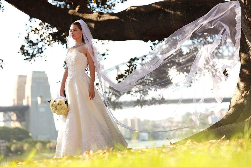 Canon RF 85mm F1.2 L portrait lens bride sample
