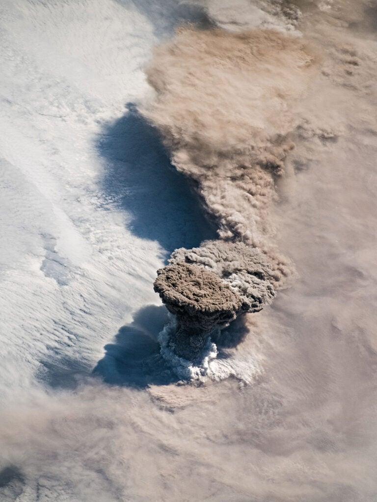 volcanic eruption on Raikoke