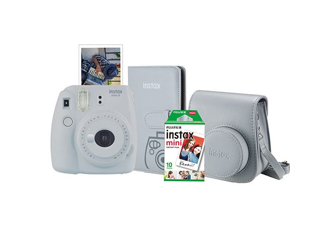 Grab this FujiFilm Instax Mini 9 Camera bundle for only $110