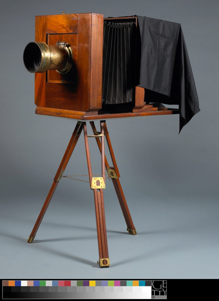 Mammoth plate wet-collodion camera