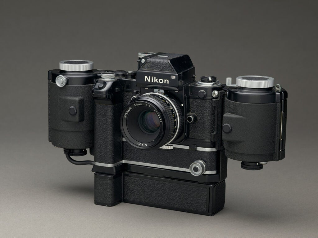 Nikon Reporter large load 35mm camera