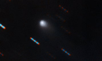 Scientists are scrambling to take more photos of this seemingly alien comet