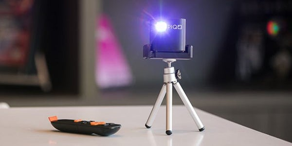 Present your photography in HD with this powerful mini projector