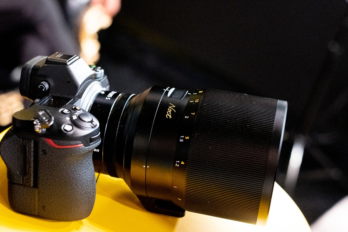 Nikon Noct Lens