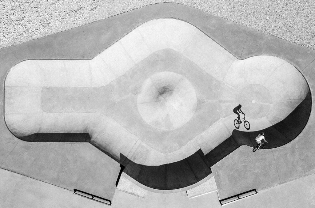 Alex Bibollet's shadow in the bowl of Fillinges