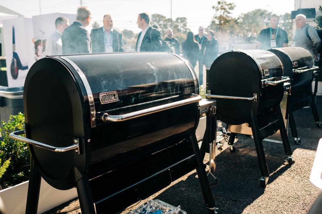 Weber smoke fire grill