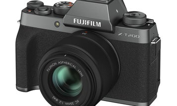 Fujifilm introduces the X-T200, the compact mirrorless camera for everyday use