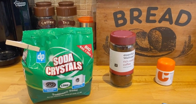 soda wash, coffee grounds and vitamin c powder