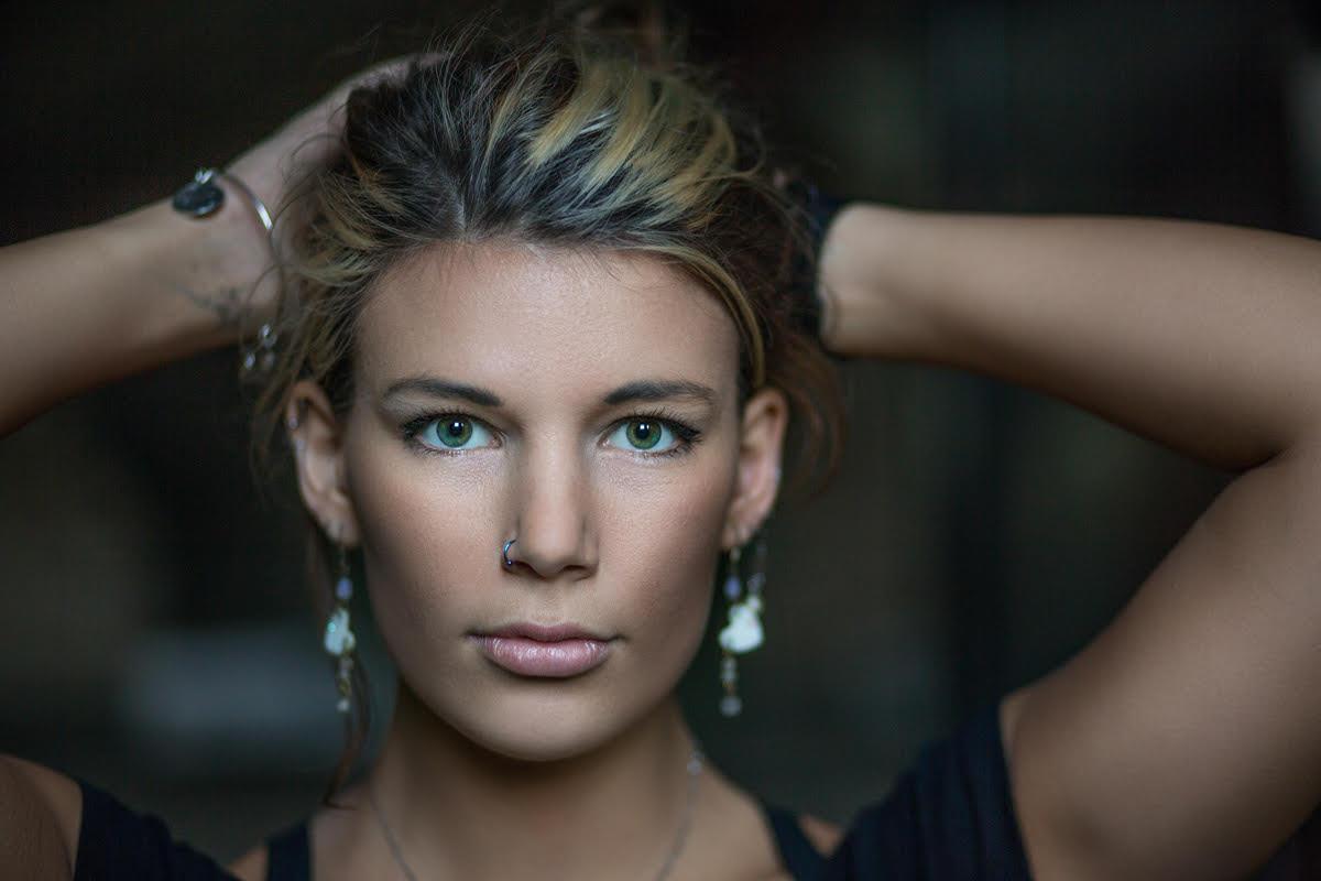 a portrait photo of a woman