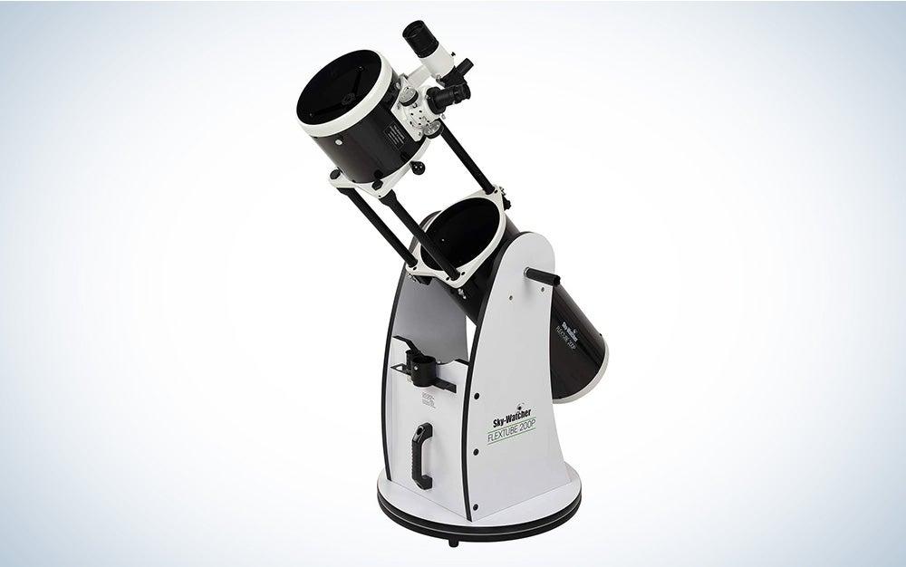 Sky-Watcher Flextube 200 Dobsonian 8-inch is the best telescope with large aperture
