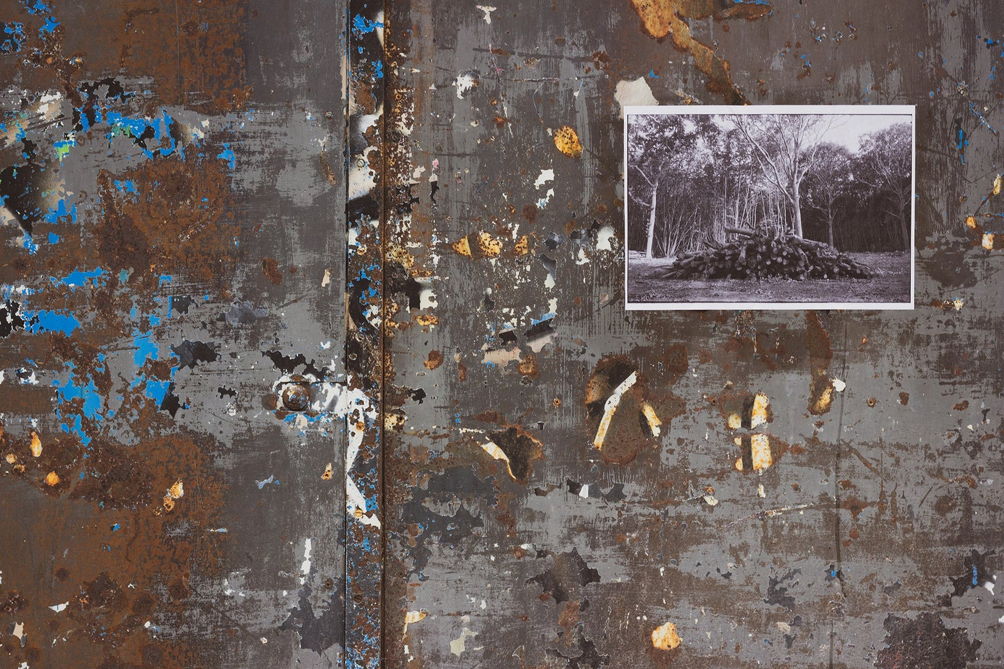 photo print on a dirty surface